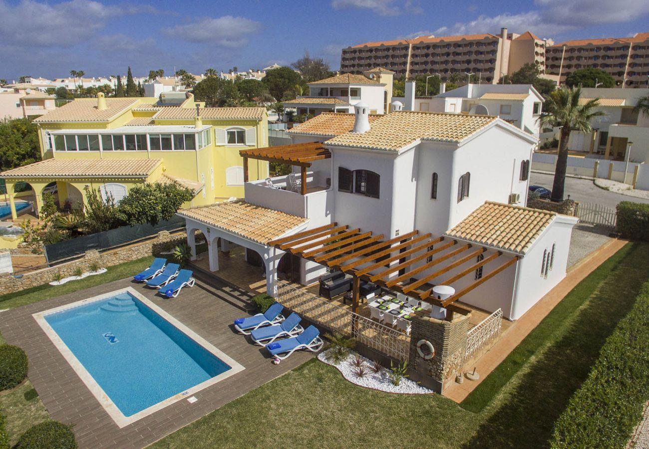 Villa en Galé - Villa Magali | 4 Habitaciones | a Pie de la Playa | Galé