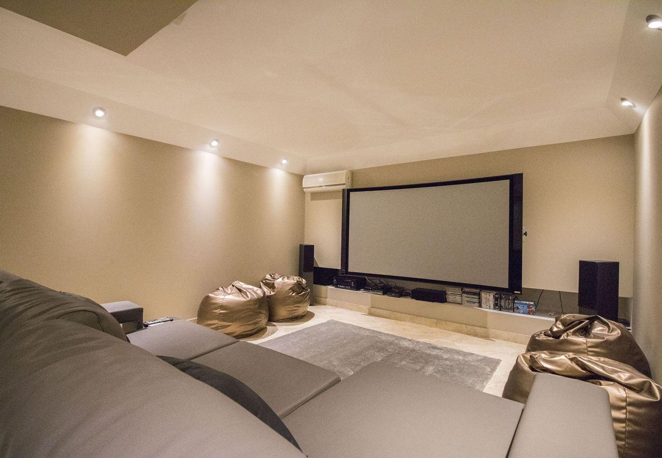 Villa in Vilamoura - Villa Hera | 6 Bedrooms | Outdoor Spa & More | ViIamoura