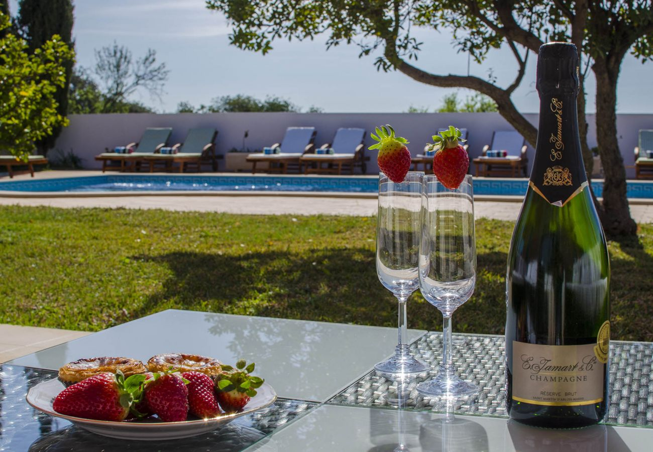 Villa in Boliqueime - Quinta das Laranjeiras   4 Bedrooms   Country House   Boliqueime